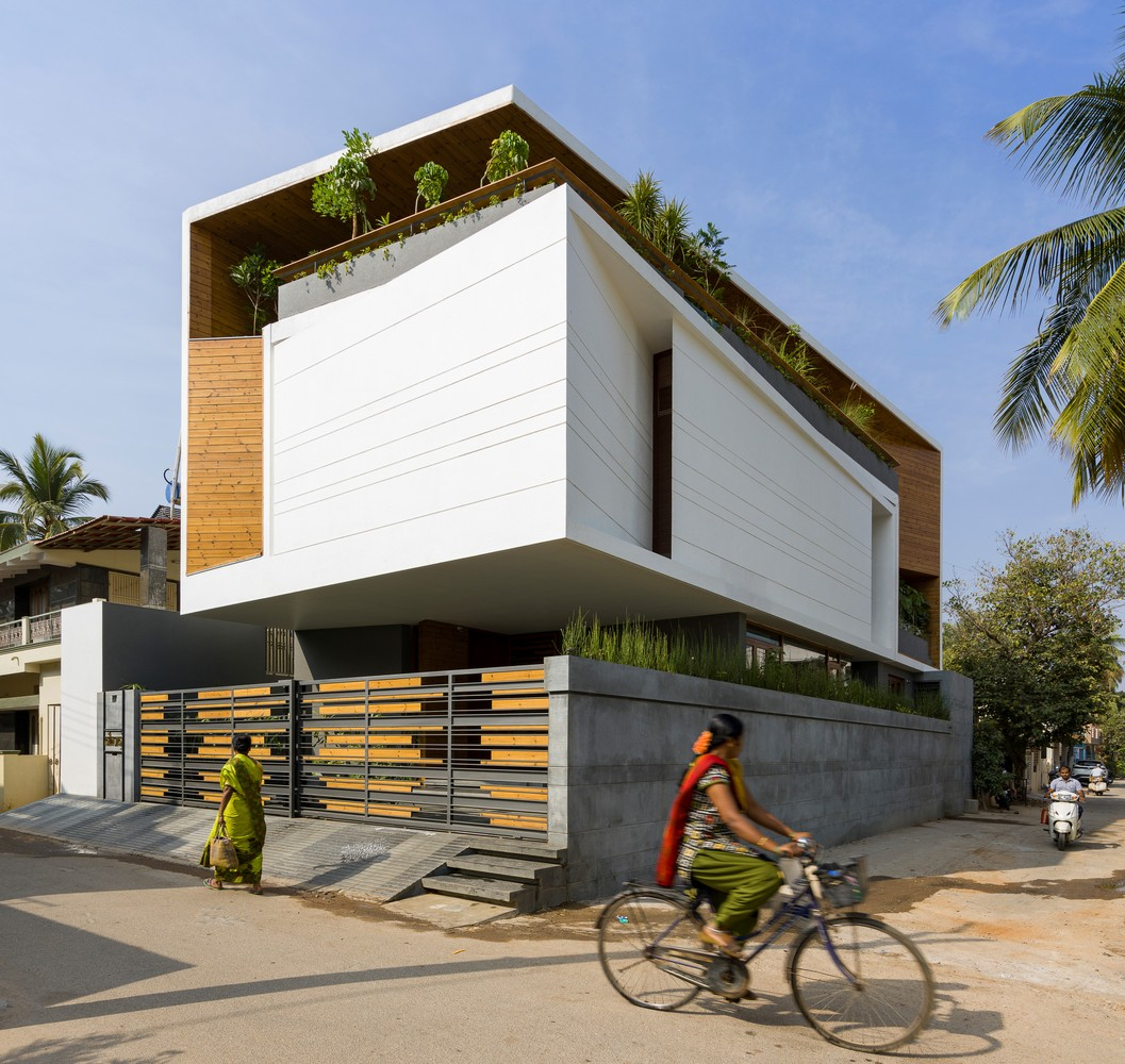 Gauribidanur Residence from Cadence Architects