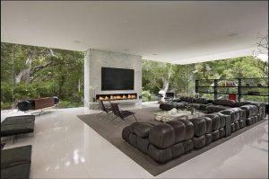 rajni pune big living room